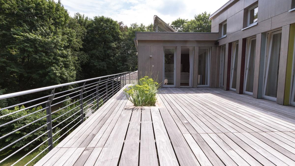 Aufstockung eines Bungalows mit großzügiger Dachterrasse